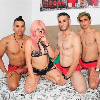 Gangbang Gruppensex mit einer Fotze und drei Männern PartyLatin4